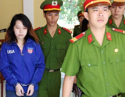 Phan Thị Kim Xuyến là một trong 2 hung thủ đâm chết tài xế Lý Văn Dũng. Ảnh: THANH SANG