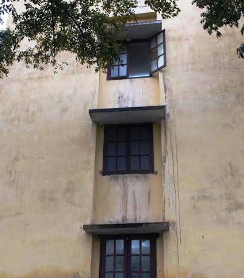 Tầng 3 của Bệnh viện Sản - Nhi Ninh Bình, nơi bé 3 tuổi rơi xuống đất