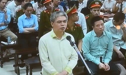Cảm ơn HĐXX, Nguyễn Xuân Sơn xin giảm mức án tử hình - Ảnh 2.