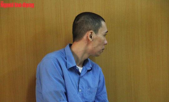 Hoãn phiên tòa giúp sếp chiếm đoạt tiền ngân hàng Agribank - Ảnh 1.