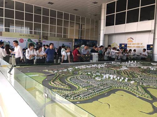Dự án khu đô thị Long Hưng (TP Biên Hòa, tỉnh Đồng Nai), một trong những dự án có pháp lý và hạ tầng hoàn chỉnh, giá tốt nên được khách hàng mua ở rất nhiều.