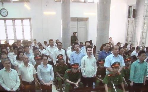 Hà Văn Thắm tội danh chồng chất - Ảnh 2.