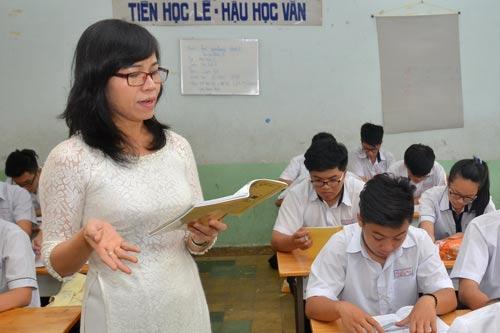Tuổi, mức hưởng lương hưu của giáo viên năm 2021 - Ảnh 1.