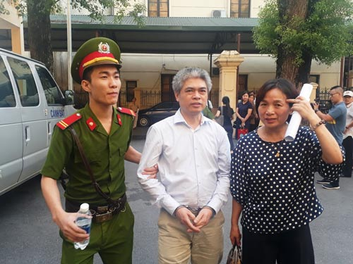 Nguyễn Xuân Sơn xin giảm nhẹ hình phạt - Ảnh 1.
