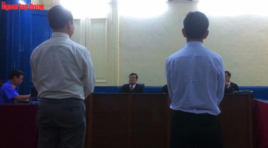 Đình chỉ giải quyết vụ án nguyên thẩm phán kiện Bộ Tư pháp - Ảnh 1.