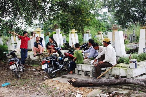 Nghĩa trang Bình Hưng Hòa (quận Bình Tân, TP HCM) rộng gần 40 ha với hơn 75.000 phần mộ Ảnh: Lê Phong