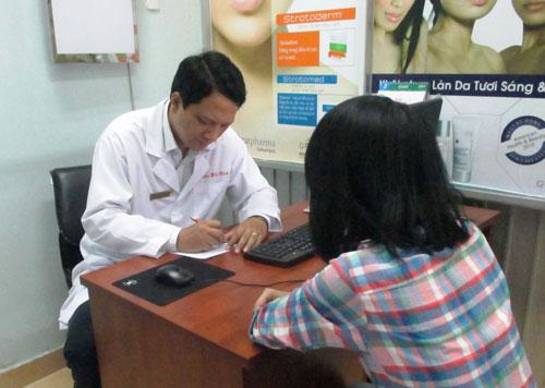 Tham vấn cho bệnh nhân tại Khoa Sức khỏe tâm trí Bệnh viện Chỉnh hình và Phục hồi chức năng TP HCM