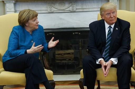 Ông Trump cho là mình có cuộc gặp gỡ tuyệt vời với bà Merkel. Ảnh: AP