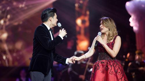 """Một tiết mục biểu diễn của ca sĩ Quang Dũng trong live show """"Giấc mơ mang tên mình"""" Ảnh: Đại Ngô"""