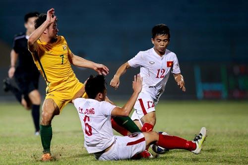 Nếu chuẩn bị cho VCK World Cup 2026 thì lứa U19 của Tiến Dụng (6) sẽ là nòng cốt cho tuyển Việt Nam Ảnh: HẢI ANH
