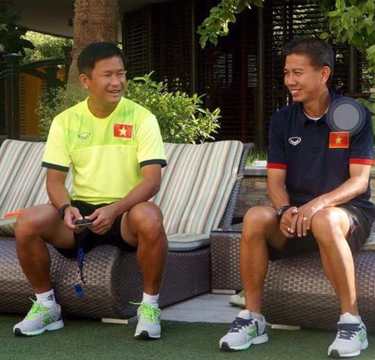 HLV Đinh Hồng Vinh (trái) không gọi bất kỳ cầu thủ trẻ nào của HAGL khi lên tạm quyền ở U19 thay cho HLV Hoàng Anh Tuấn