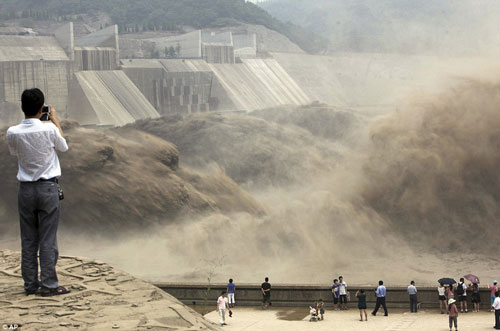 Trung Quốc vũ khí hóa nguồn nước - Ảnh 1.