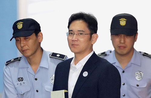 Thái tử Samsung lãnh án, kinh tế Hàn Quốc bị ảnh hưởng? - Ảnh 1.