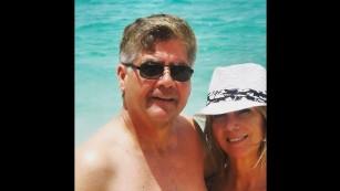 Vợ chồng bà Linda Bell. Ảnh: CNN