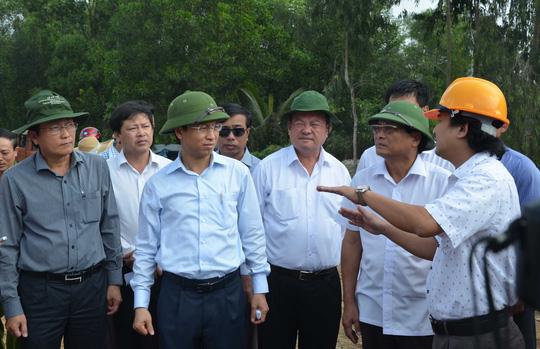 Con đường thăng tiến của Bí thư, Chủ tịch TP Đà Nẵng - Ảnh 2.