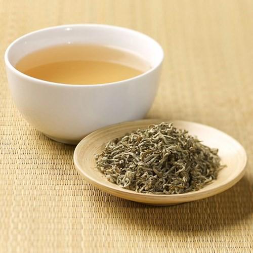 Bạch trà đắt nhất thế giới có gì đặc biệt? - Ảnh 2.