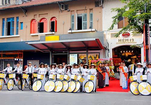 Nhà hàng Hẻm 12 - Hoài niệm về một Sài Gòn xưa - Ảnh 2.