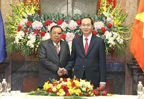 Giữ gìn quan hệ Việt - Lào như con ngươi của mắt mình - Ảnh 1.