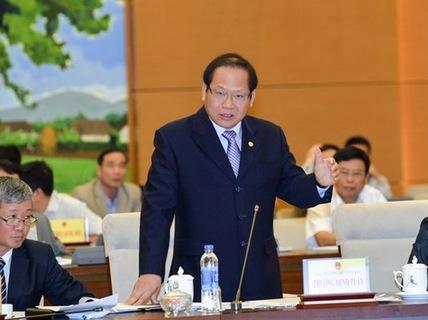 Bộ trưởng TT-TT yêu cầu rút phạt bác sĩ Truyện vụ nói xấu Bộ trưởng Y tế - Ảnh 1.