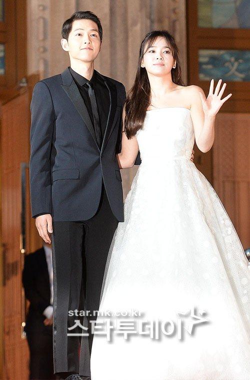 Mỹ nhân Song Hye Kyo theo Song Joong Ki về dinh - Ảnh 6.