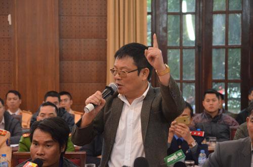 Ông Nguyễn Sơn La đề nghị phải có lộ trình nếu muốn chuyển tuyến Ảnh: NGUYỄN HƯỞNG