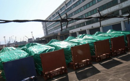 Hình ảnh 9 xe bọc thép ở kho bãi trước đó. Ảnh: SCMP