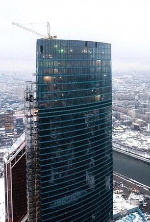 Tòa nhà OKO cao nhất châu Âu. Ảnh: Daily Mail