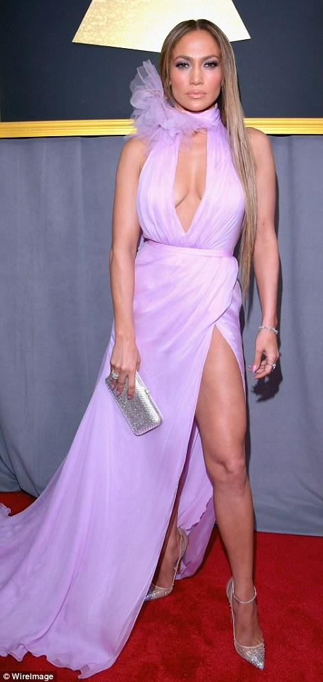 Jennifer Lopez quyến rũ