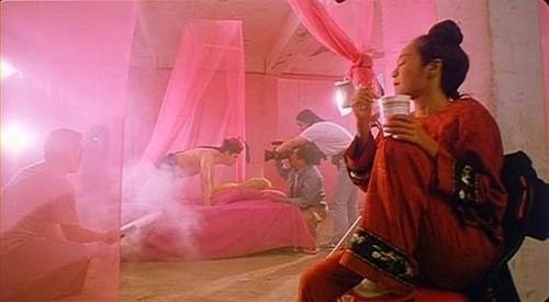 Hậu trường hài hước của những cảnh nóng trong phim Trung Quốc - Ảnh 9.