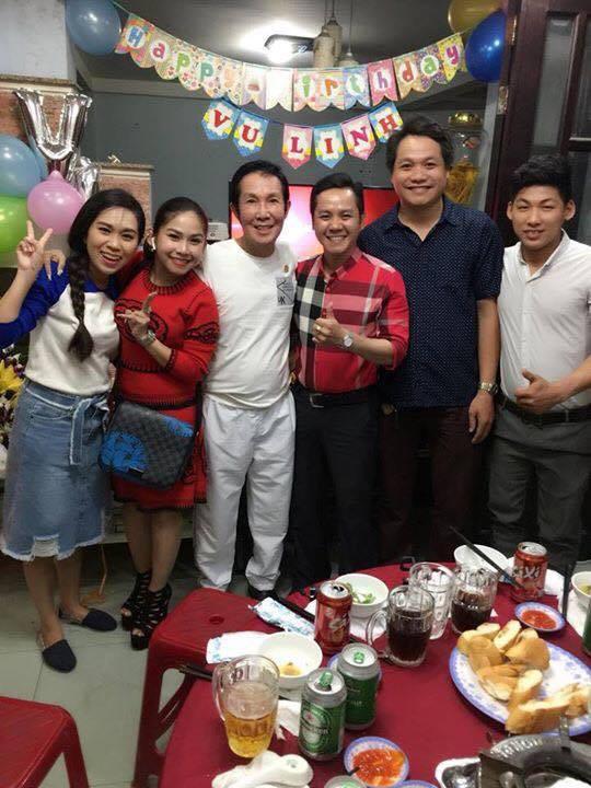 Sinh nhật 59 tuổi, NSƯT Vũ Linh xúc động trước tình cảm của đàn em - Ảnh 4.