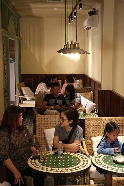 Nhà hàng Hẻm 12 - Hoài niệm về một Sài Gòn xưa - Ảnh 4.
