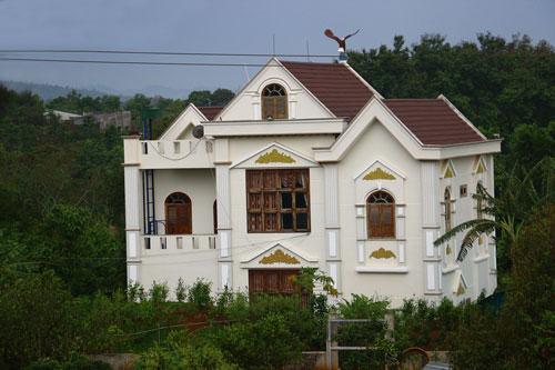 Ngôi nhà của gia đình ông Nguyễn Sỹ Kỷ xây dựng trái phép trên đất nông nghiệp