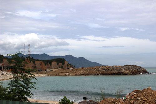 Phải trảm các dự án lấn vịnh Nha Trang - Ảnh 1.