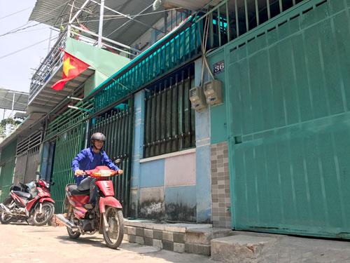Khu dân cư cạnh trường Tiểu học Dương Công Khi (xã Xuân Thới Sơn, huyện Hóc Môn) có gần 100 hộ dang sở hữu nhà bằng giấy tay diện tích căn hộ chỉ từ 22-40 m2