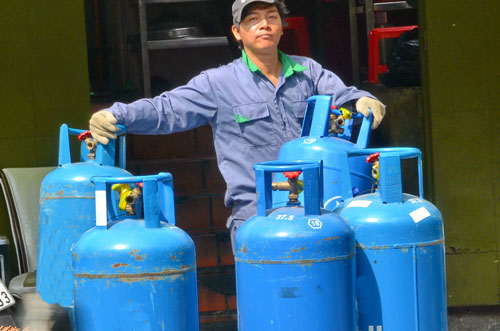 Nhiều doanh nghiệp lớn không muốn gỡ bỏ các điều kiện kinh doanh gas Ảnh: TẤN THẠNH