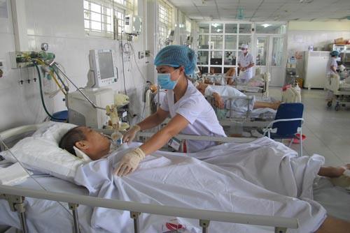 Nỗi lo nhiễm khuẩn bệnh viện - Ảnh 1.