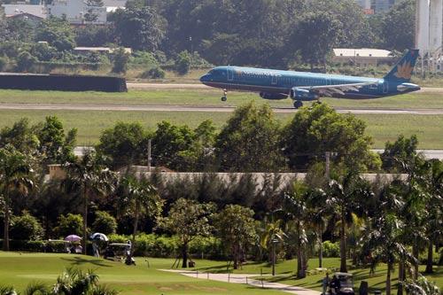 Chấm dứt cho thuê đất sân bay Tân Sơn Nhất - Ảnh 1.