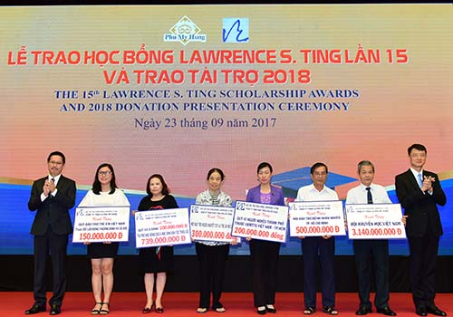 8,46 tỉ đồng được trao tặng tại lễ trao học bổng Lawrence S. Ting lần thứ 15 - Ảnh 3.