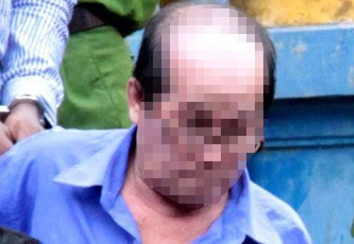 """H.N.S (ngụ quận Tân Bình, TP HCM) lãnh 15 năm tù về tội """"Hiếp dâm trẻ em"""" và """"Dâm ô đối với trẻ em"""" Ảnh: PHẠM DŨNG"""