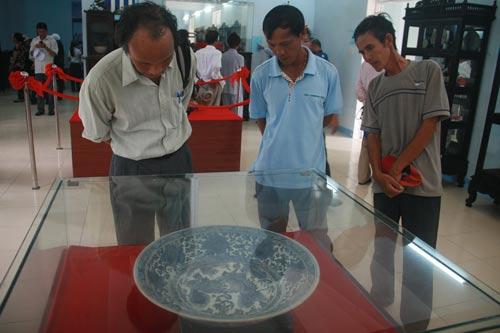 Kho tàng dưới biển Cù Lao Chàm - Ảnh 1.