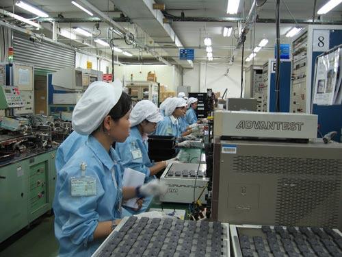 Việc xây dựng, thực hiện định mức lao động đối với người lao động phải được Công đoàn cơ sở giám sát