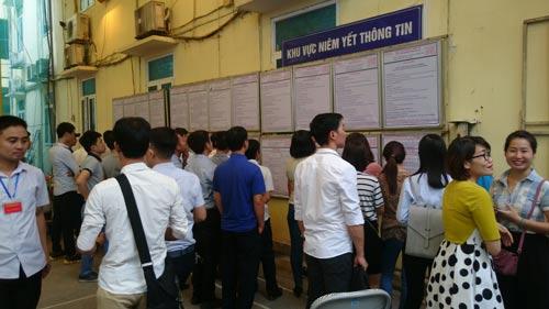 Người lao động tham gia chương trình EPS về nước tìm việc làm mới tại ngày hội việc làm