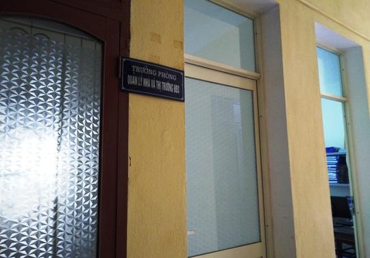 Phòng làm việc tại tầng 5, Sở Xây dựng Thanh Hóa của bà Trần Vũ Quỳnh Anh cửa đóng im ỉm trong giờ làm việc - Ảnh chụp ngày 6-3