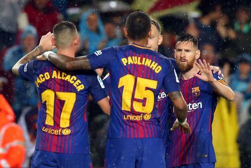 Người hùng Paco Alcacer giúp Barcelona nhấn chìm Sevilla - Ảnh 6.