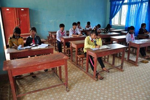Sau kỳ nghỉ Tết, nhiều lớp học ở các địa phương vùng cao của Quảng Ngãi vắng hoe Ảnh: Tử Trực