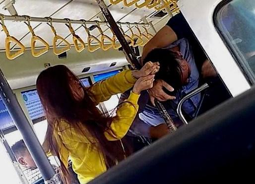 Sự thật vụ xô xát giữa đôi nam nữ và nhân viên xe buýt - Ảnh 1.