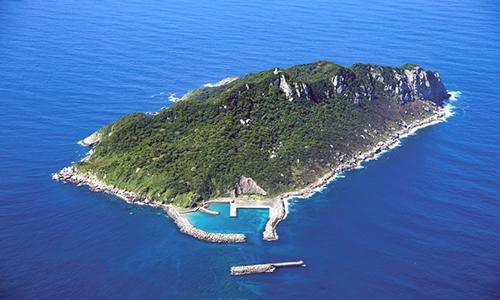 Nhật Bản: Đảo đàn ông là di sản thế giới - Ảnh 2.