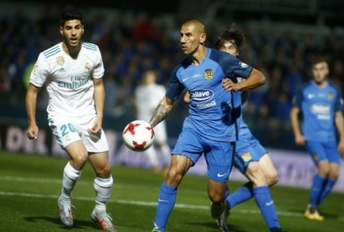 Trọng tài giúp phạt đền, Real Madrid chờ vé tứ kết Cúp Nhà vua - Ảnh 2.