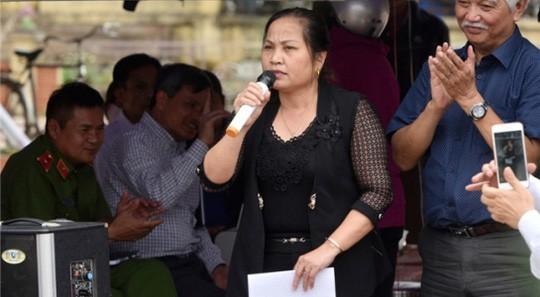 Bãi nhiệm Chủ tịch HĐND xã Đồng Tâm với bà Nguyễn Thị Lan - Ảnh 1.
