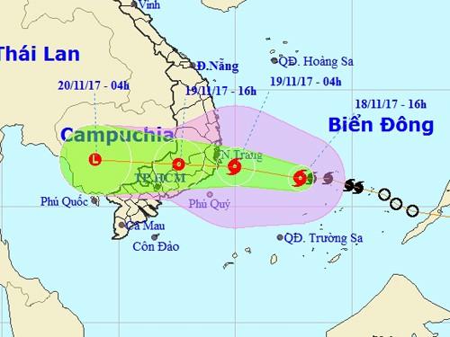 Bão số 14 khả năng đổ bộ Khánh Hòa-Bình Thuận vào trưa 19-11 - Ảnh 1.